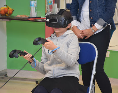 Virtual reality treatmetn on Child for ALYN