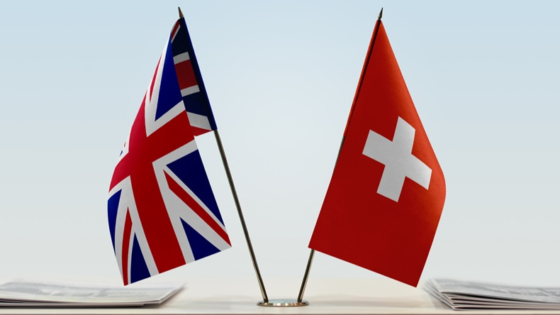 Flags_UK_Switzerland