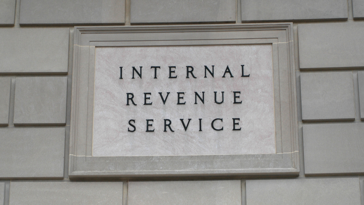 IRS Building Sign_6839749_1200.jpg