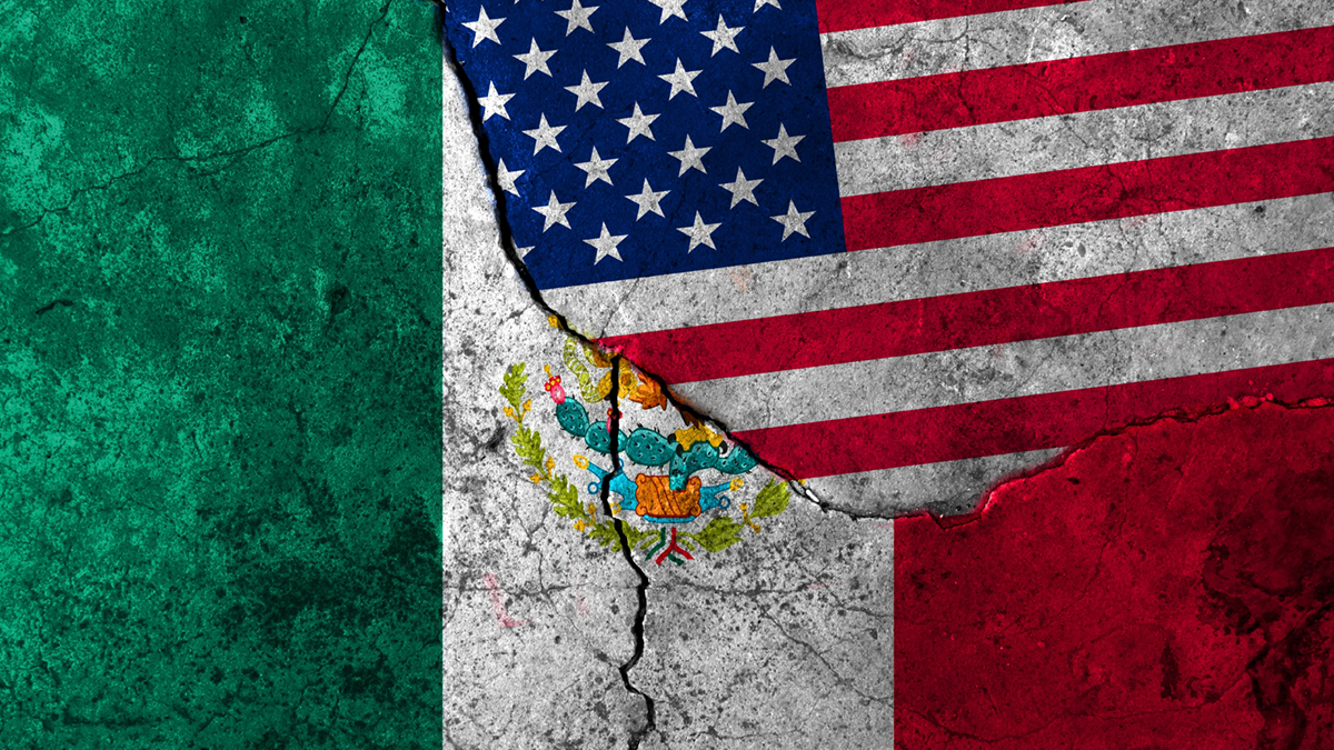 Flags: United States, Mexico